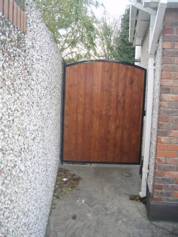 Metal Framed Tongue & Grooved Side Gate – Lucan