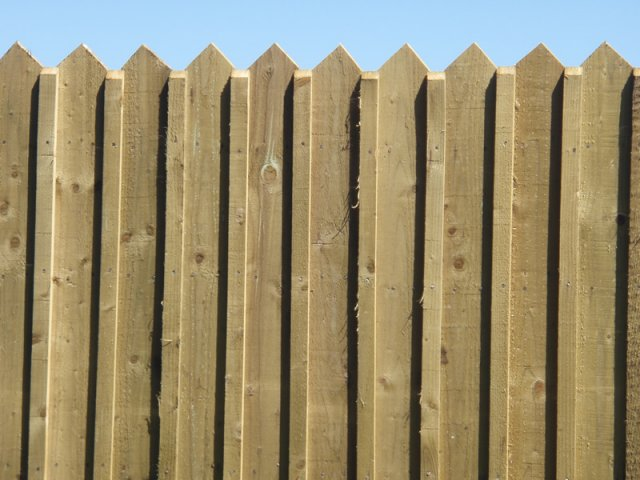 Pointed Top Panels with Edging Slips on Timber Posts - Rathnew